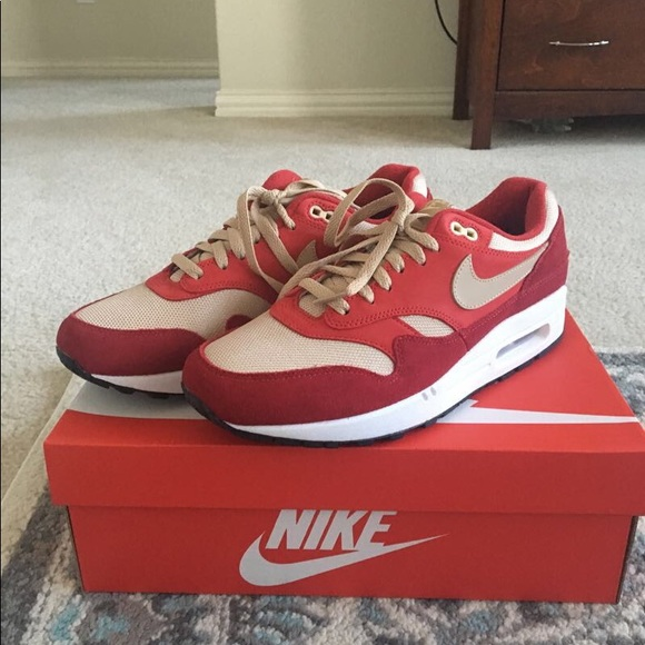 air max 1 red curry